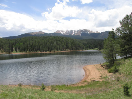 Clouds gathering at Pikes Peak at Catamount Reservoir Hike